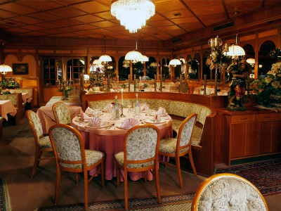 Restaurant leer1